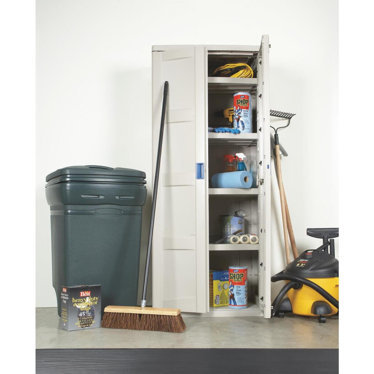 Rubbermaid 45 Gal. Green Wheeled Trash Can with Lid Image 4